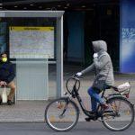 Nos tests: Garder une distance: Dans quelle mesure la course et le vélo sont-ils sûrs dans les mesures COVID-19?