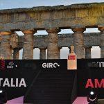 Reportage: La belle Sicile embrasse le Giro d'Italia